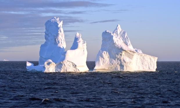 Sunset_iceberg_2.jpg